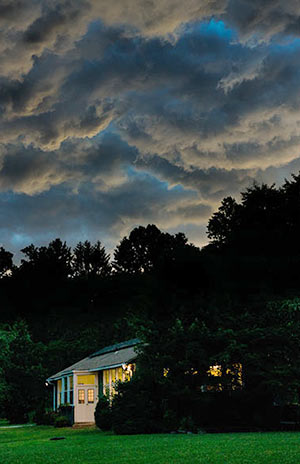 29thunderstorm6856_300px
